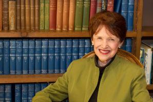 Riane Eisler autrice del libro Il calice e la spada