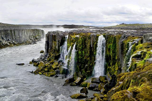 Islanda, isola ai confini del mondo